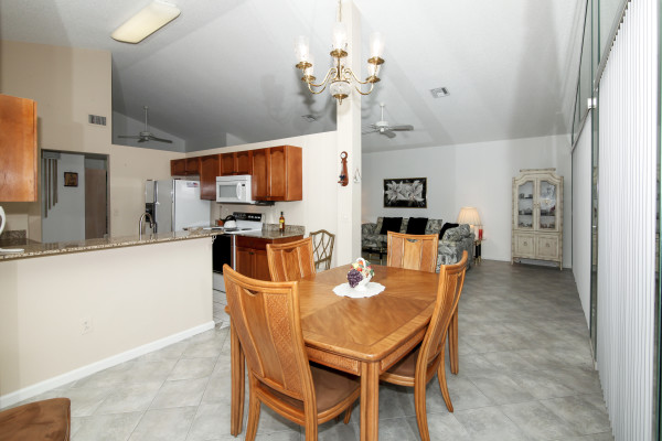 1011 NW 108th Ave. Plantation Dining Room 1