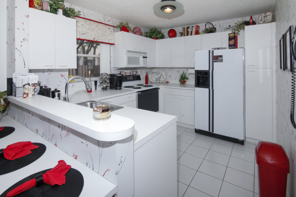 10921 NW 12 Pl. Plantation Kitchen 1
