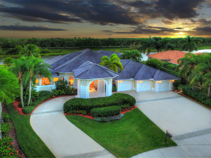 152 Dockside Cir Weston FL-print-002-45-Front Exterior Twilight-4000x3000-300dpi